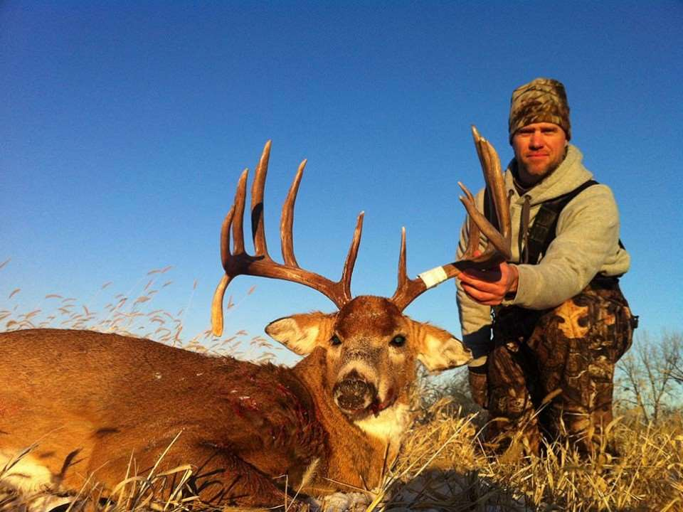 an introduction to deer hunting in the united states White-tailed deer are widely distributed in north america and for at least 10000  years  introduction  hunting remains a prominent value, and while only  43% of the united states population hunts deer, support among.