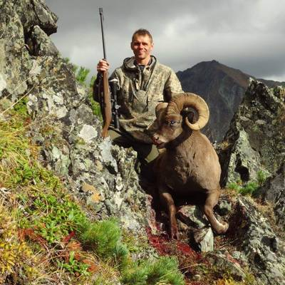 Kamchatka snow sheep hunt