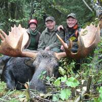 10 day Trophy Moose Hunt In The Rut 2x1