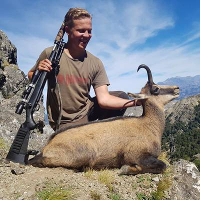 Chamois Hunt Private Land 1x1