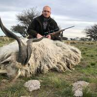 Big game hunt in La Pampa/Patagonia