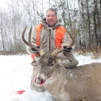 CANADA RES ONLY! Whitetail Deer Hunt